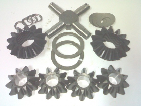 Merc HL7 diff case repair kit  (with bushes)